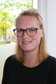 Rosanne Vos                   Psycholoog Kind en Jeugd
